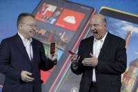A Steve Ballmer no le gustan los nombres que elegía Nokia, promete denominaciones más cortas