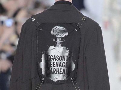 El punk y la subcultura gótica se apoderan del total black look de este verano