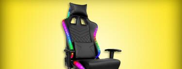 Silla gamer con luces RGB y 2,000 pesos de descuento en Amazon México: asiento reclinable y almohadas para mayor comodidad