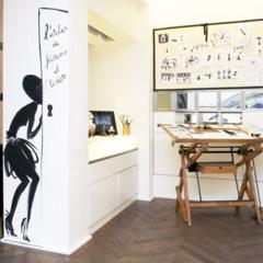 les-ateliers-guerlain-exponen-la-petite-robe-noire