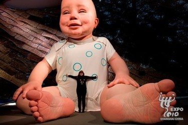 Miguelín, el bebé gigante en la Expo de Shangai