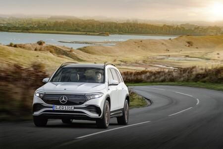 Mercedes Benz Eqb 2021 024