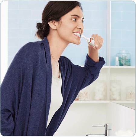 Oferta flash en el set de dos cepillos Oral-B Smart 4 4900 CrossAction, con conexión Bluetooth: hoy por 79,99 euros en Amazon