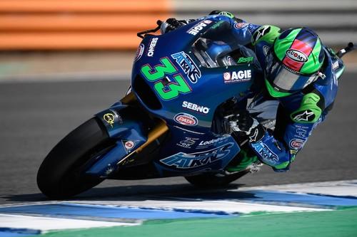 Enea Bastianini sorprende a todos en Jerez para conseguir su primera victoria en Moto2