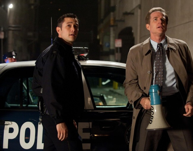 Joseph Gordon Levitt y Matthew Modine en The Dark Knight Rises