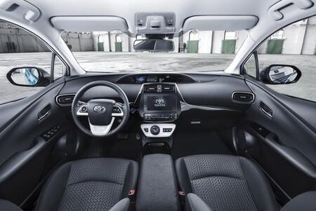 Toyota Prius enchufe en el interior
