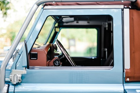 Land Rover Defender 90 Oprey Custom Cars 12