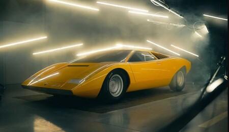 No, este no es el Lamborghini Countach LP 500 de 1971... pero se trata de un one-off que lo calca al milímetro