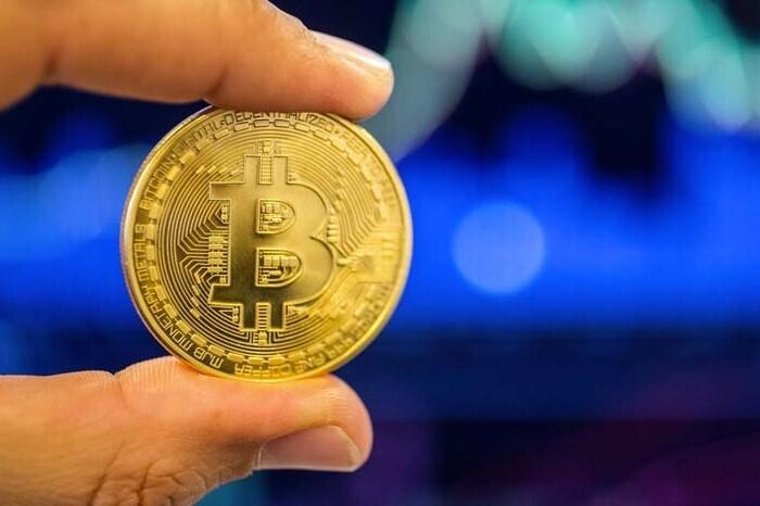 bitcoin movimento strategia di medio