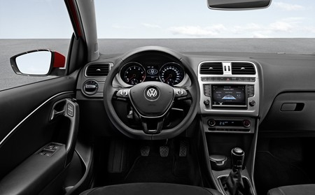 Volkswagen Polo 2014 interior Sport