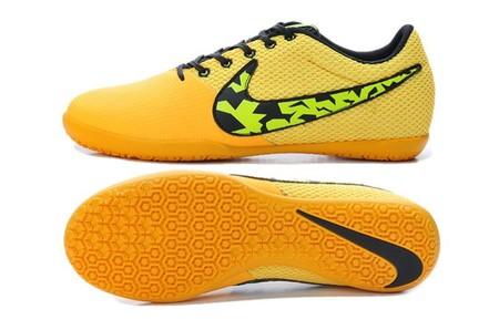 Super chollo en las zapatillas de fútbol ELASTICO PRO III IC de 44,95€ a sólo 17,95 € y con envío gratis