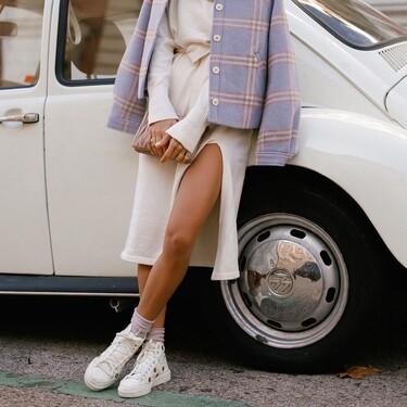 Estas zapatillas Adidas son un básico que alegran cualquier estilismo, van con todo y además están rebajadísimas en Asos
