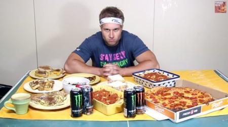 Estos son los 7 eaters de YouTube que están comiendo las cosas más grasientas e insanas de Internet