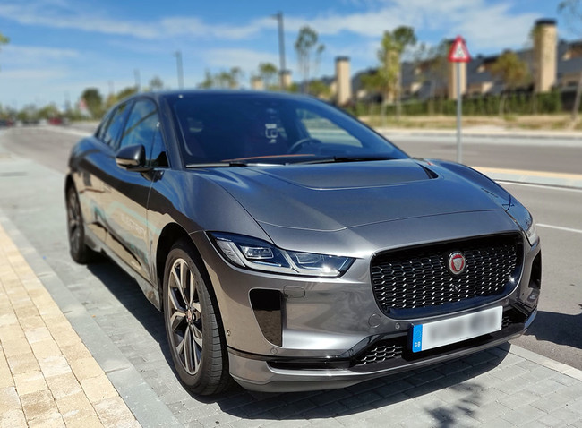 Jaguar Ipace 10