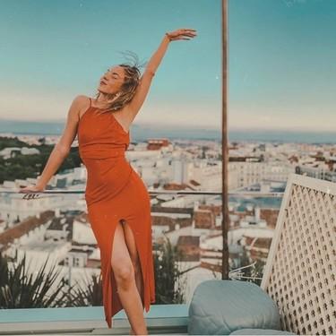 Las 50 mejores terrazas y beach clubs de España para ver el cielo atardecer, según Schweppes