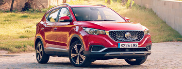 Probamos el nuevo MG ZS EV, un SUV eléctrico 'chino' compacto que quiere convencer por su precio y espacio interior
