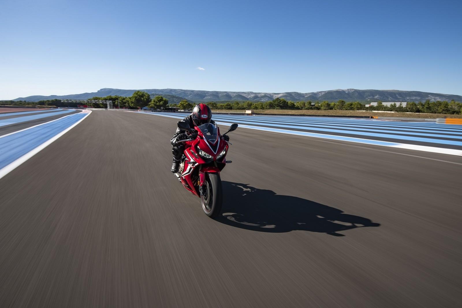 Foto de Honda CBR650R 2019 (51/61)