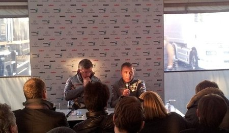 Ross Brawn y Bob Bell comentan la pretemporada 2012 de Mercedes AMG