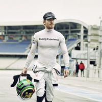 Michael Fassbender correrá en Le Mans, estirando la larga lista de famosos que huelen a gasolina