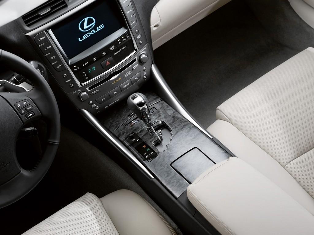 Foto de Lexus IS 250C (25/28)