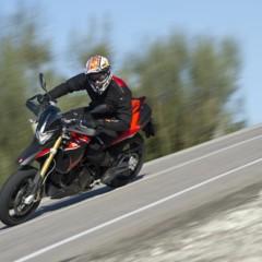 Foto 62 de 103 de la galería aprilia-dorsoduro-1200-mega-galeria-de-fotos-oficiales en Motorpasion Moto