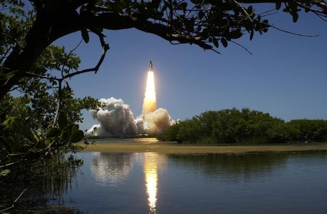 Los waiwai y el cohete espacial