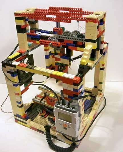 LEGObot 3D, una impresora 3D construida con Lego