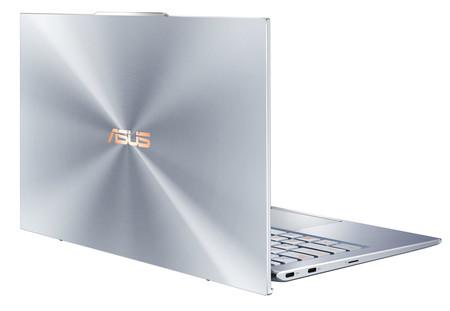 Asus Zenbook S13 Trasera 01