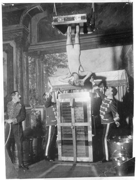 Houdini Y La Celda De Tortura Acuatica Library Of Congress