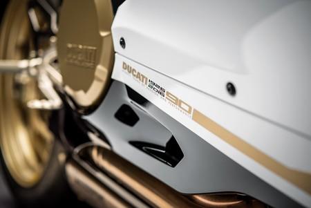 Stile Ducati, 336 páginas de ensueño para cualquier amante de las motos