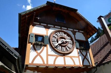 El reloj de cuco más grande del mundo está en la Selva Negra