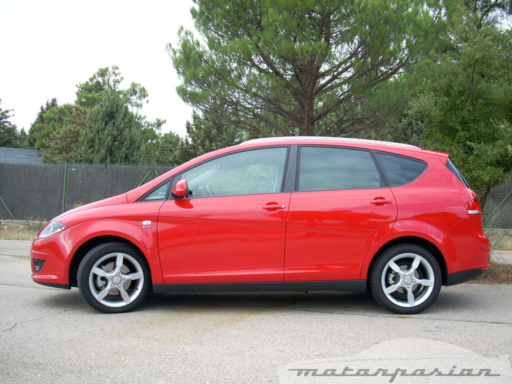 Foto de SEAT Altea XL contra Volkswagen Touran  (9/36)