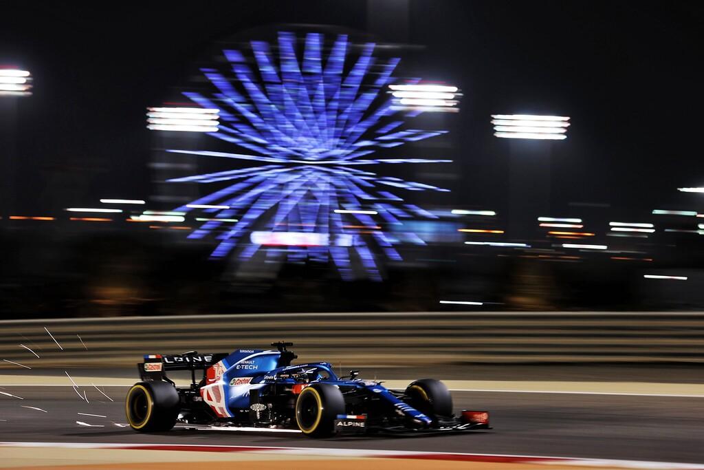 Fernando Alonso abandonó en su vuelta a la Fórmula 1 porque el envoltorio de un sándwich le bloqueó los frenos