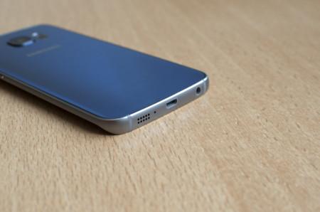 Galaxy S6 Edge Abajo