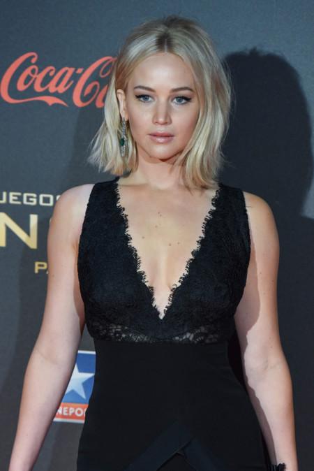 'Los juegos del hambre Sinsajo-Parte 2' llegan a Madrid con 3 looks de Jennifer Lawrence