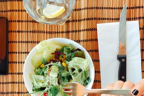 Adelgazar rápido: los problemas que puede acarrear una dieta pobre o mal planificada para bajar de peso