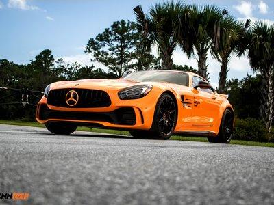 ¿Te saben a poco los 585 CV del Mercedes-AMG GT R? Renntech tiene la solución