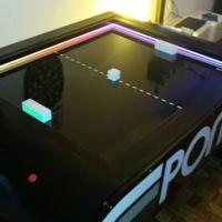 Esta es una recreación perfecta del videojuego Pong fuera del mundo virtual