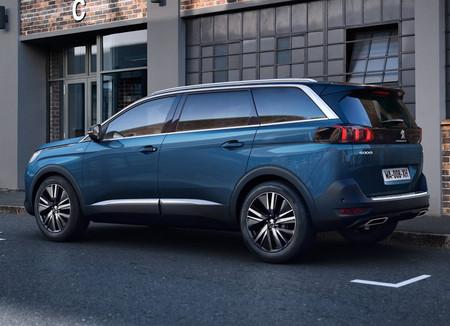 Peugeot 5008 2021 3