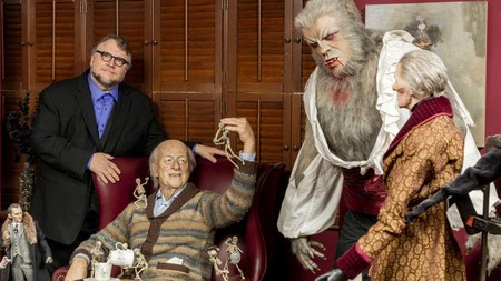 """'At Home with Monsters' la asombrosa exposición de monstruos de Guillermo del Toro llegaría a Ciudad de México en 2018"""""""