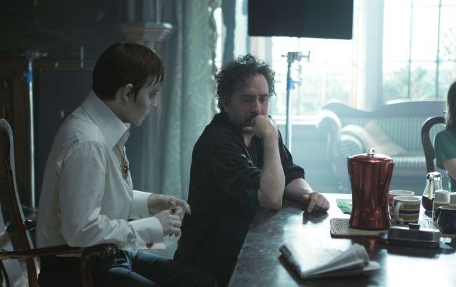 Johnny Depp y Tim Burton en el set de rodaje de Sombras Tenebrosas
