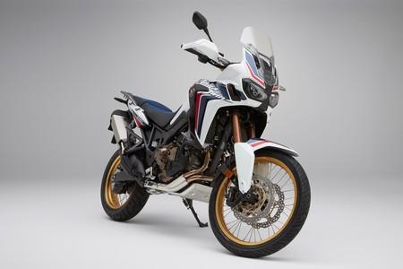Honda CRF1000L Africa Twin: mejor respuesta y menos peso para el mito trail moderno