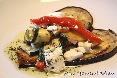 Verduras asadas con feta al estilo griego. Receta