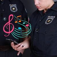 Denuncian en EE.UU. que algunos policías reproducen canciones cuando los graban para que los vídeos sean penalizados por copyright
