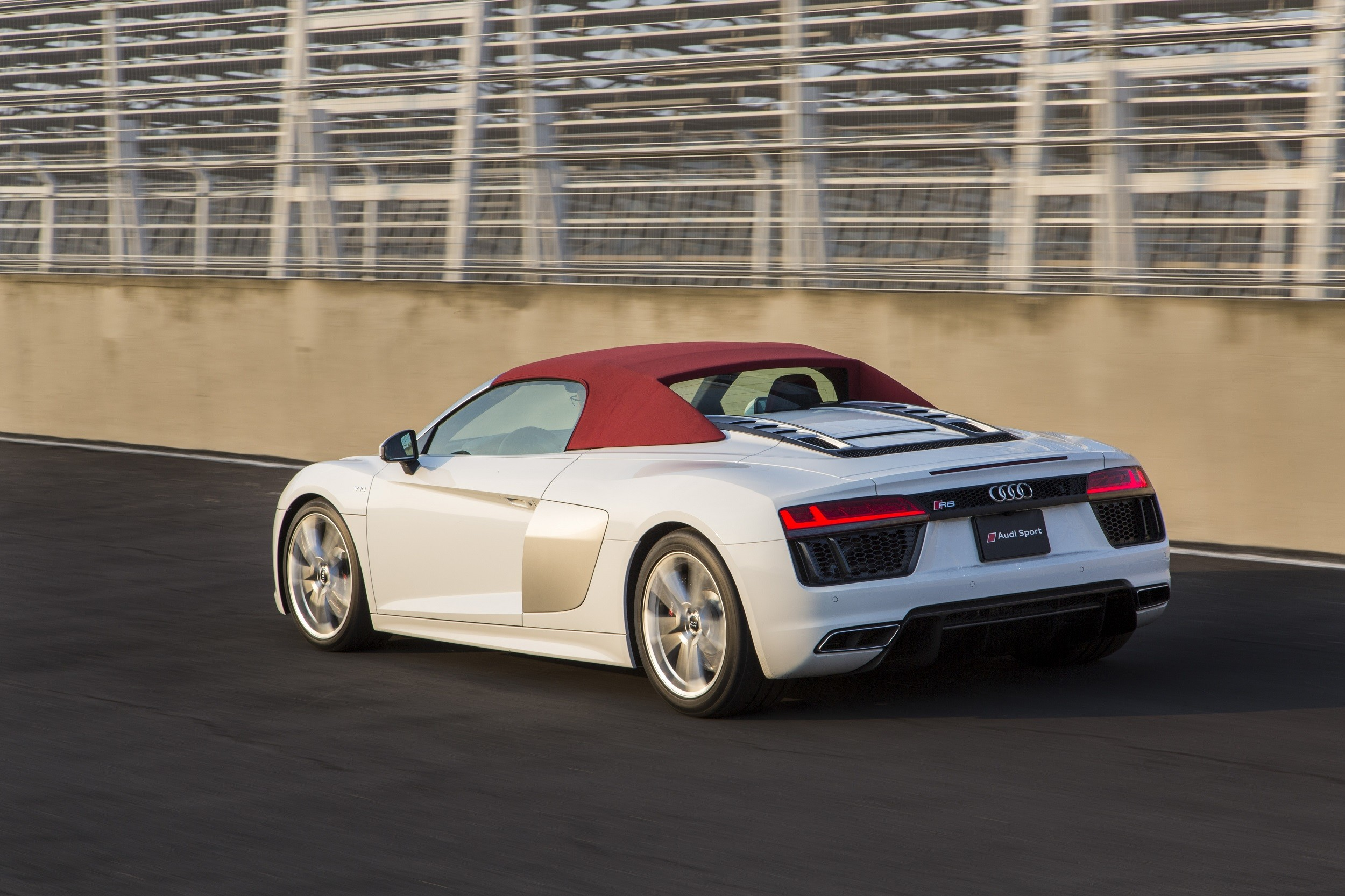 Foto de Audi R8 Spyder (12/38)
