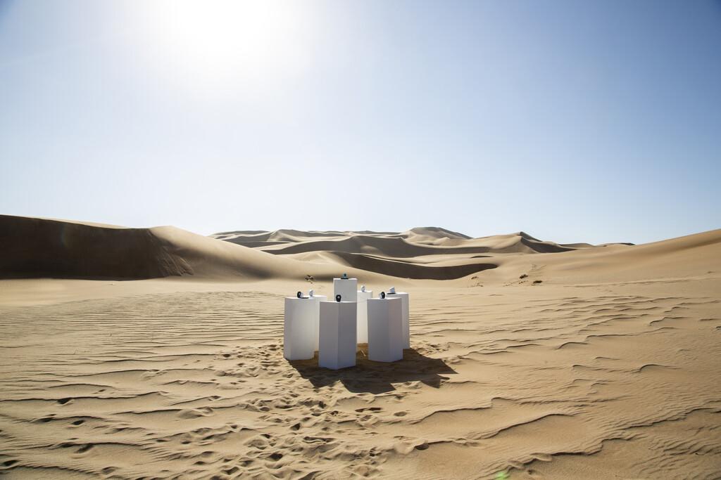 Lo que un reproductor de MP3 sonando en mitad del desierto más antiguo de la Tierra nos puede enseñar sobre cómo nos cambia la tecnología