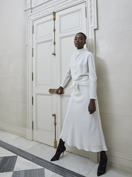 El vestido de Pertegaz que me pondría en mi boda y en todas las ocasiones especiales posibles está rebajado