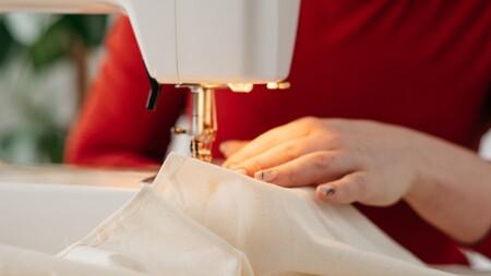 La máquina de coser Starlet de Singer está rebajadísima hoy en Amazon: por 239,99 euros y envío gratis