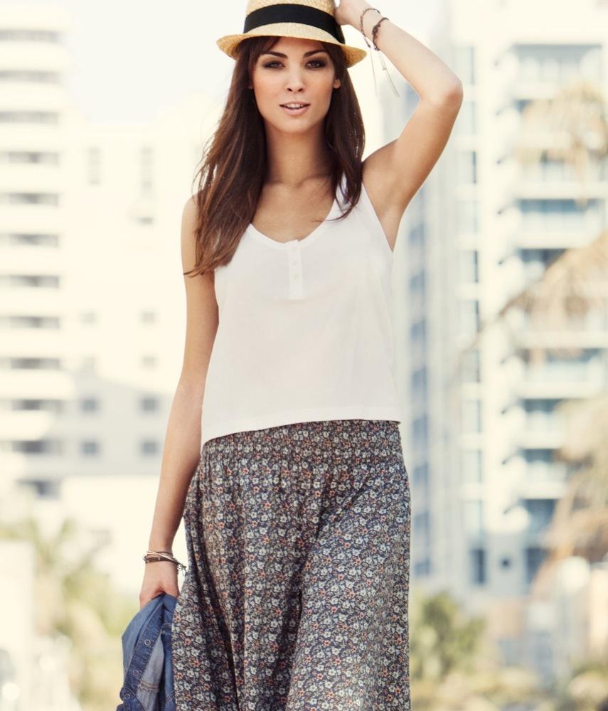 Foto de Andi Muise es la nueva imagen de la campaña H&M Primavera-Verano 2011 (1/28)