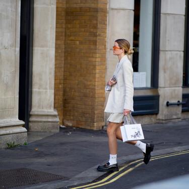 Ir con zapato plano a la oficina y ser la envidia de todas es posible con estos 11 mocasines tan sofisticados